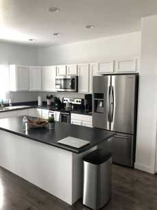 local interior painting company Pro Painters